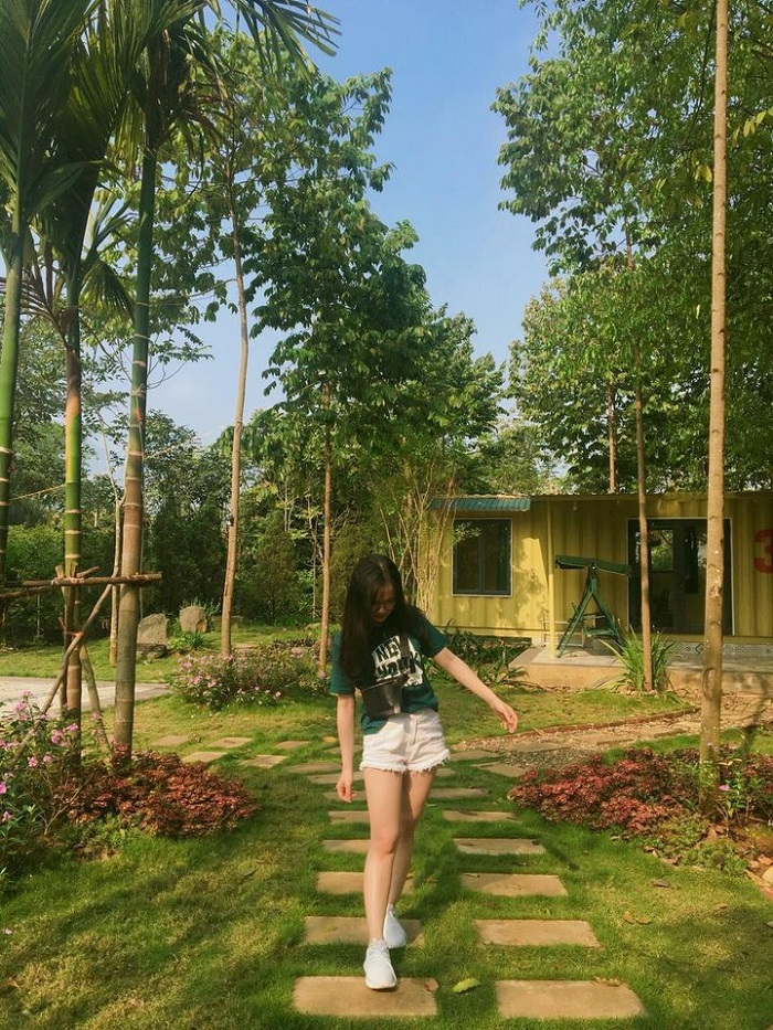 mely farm homestay container 1
