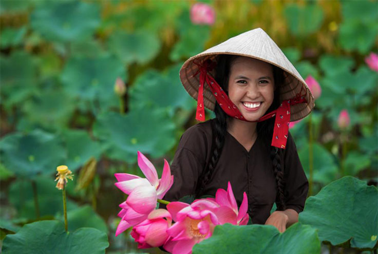 10 reasons to fall in love with and to travel to Viet Nam
